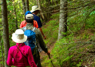 Rock-Island-Lodge-lodge-based-hiking-packages